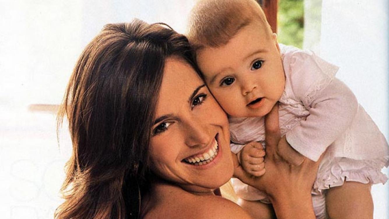 Soledad Pastorutti confirmó que será mamá y le dará un hermanito a Antonia. (Foto: Gente)