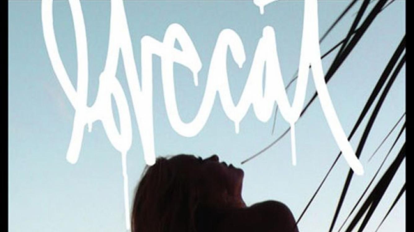 La tapa de la revista Lovecat con Pamela Anderson y su destape (más) a los 45 años. (Foto: Lovecat)