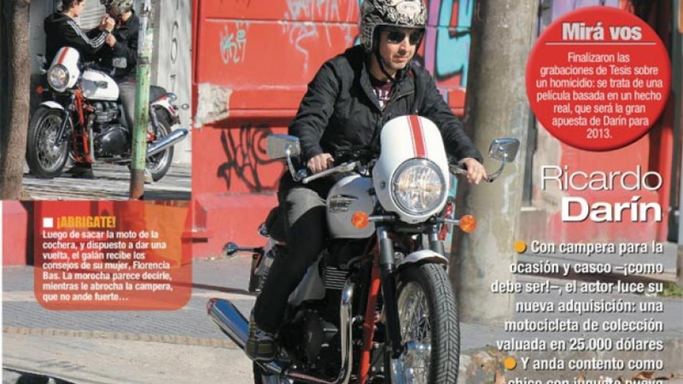 Ricardo Darín en su moto. (Foto: revista Paparazzi)