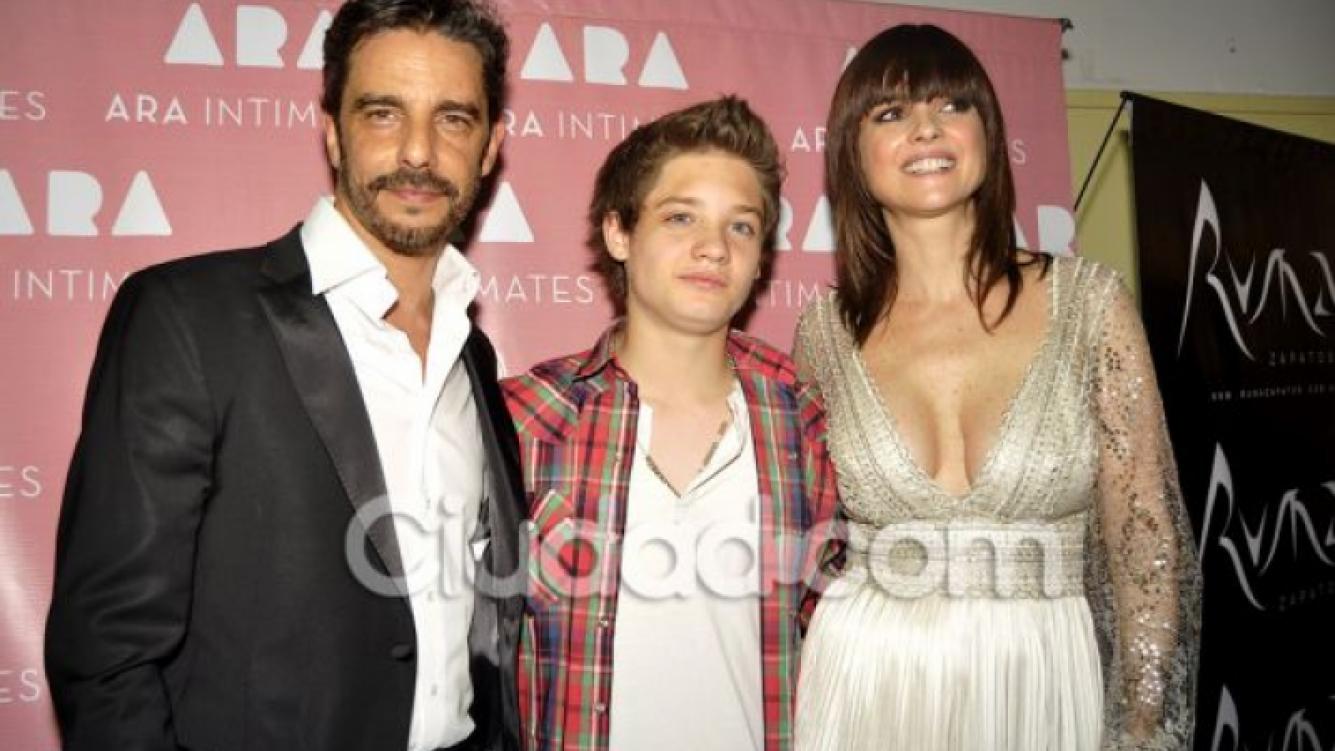 Araceli junto a Fabián Mazzei y Tomás, en el BAAM (Foto: Jennifer Rubio).