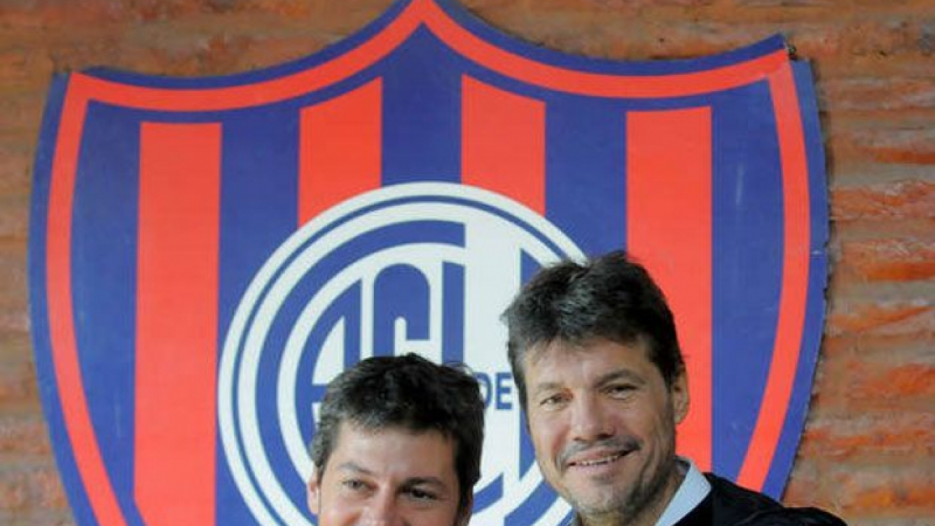 Matías Lammens y Marcelo Tinelli, presidente y vice de San Lorenzo. (Foto: diario Olé)