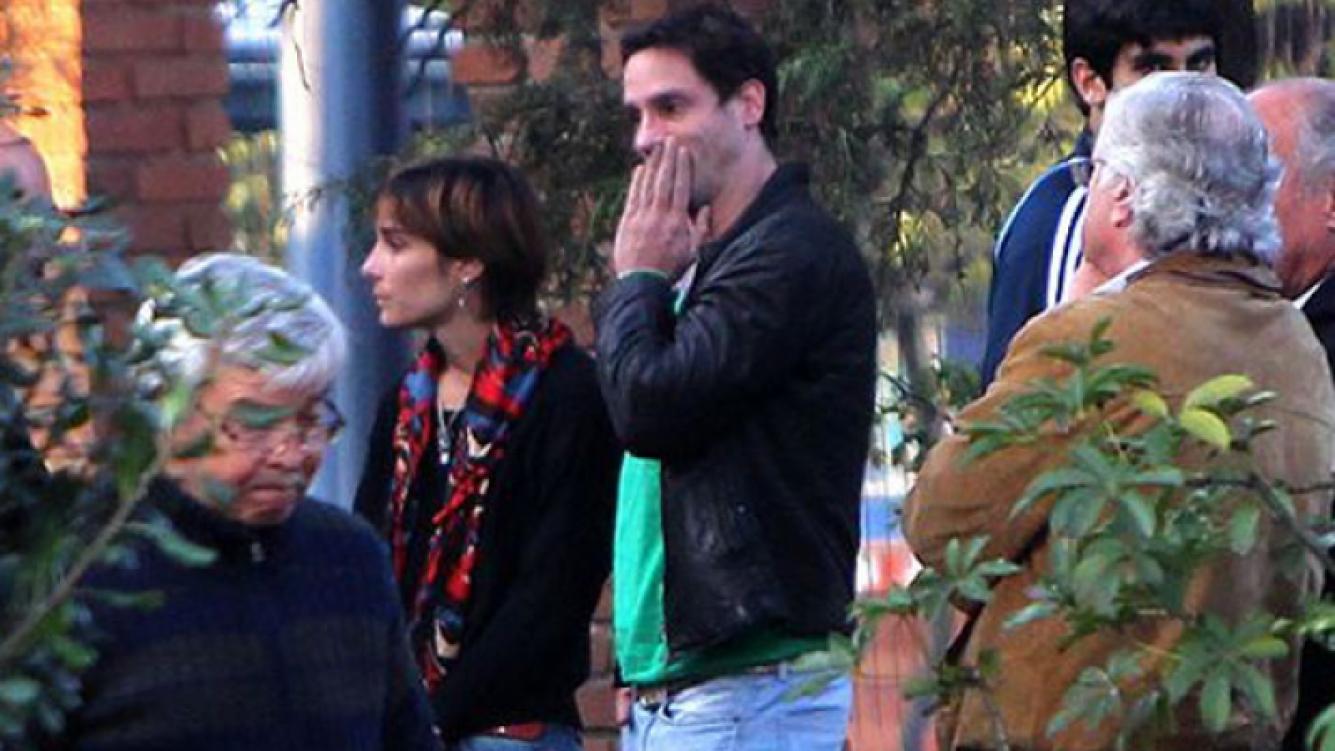 Gonzalo Valenzuela y Juanita Viale, apesadumbrados en el funeral (Foto: Glamorama).