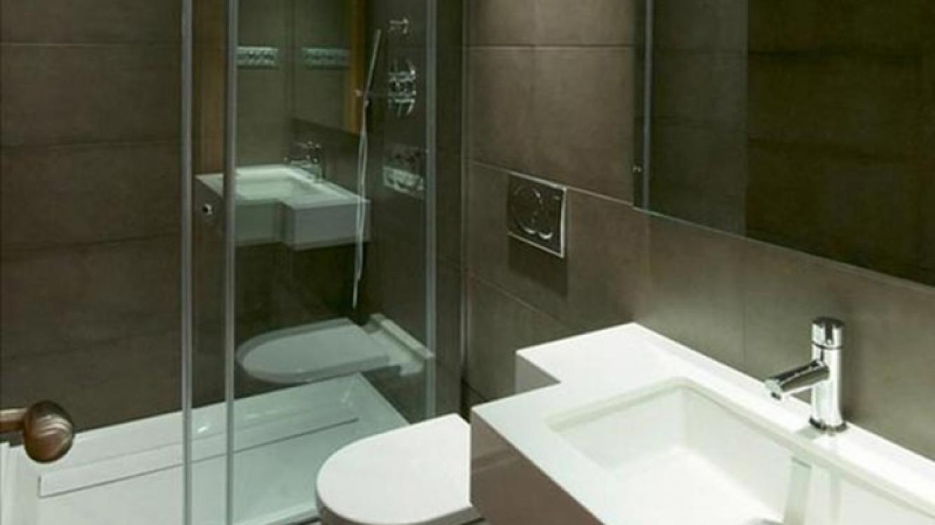 El baño de la nueva casa de Lionel Messi y Antonella Roccuzzo (Foto: Web)