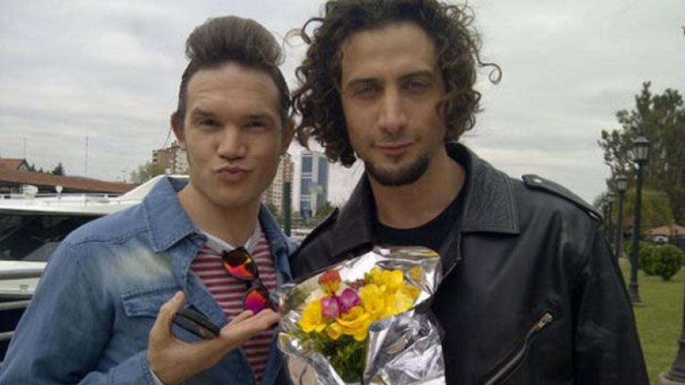 Juan Gil Navarro y Luciano Cáceres, divertidos en Tigre (Foto: @ortegajuli).