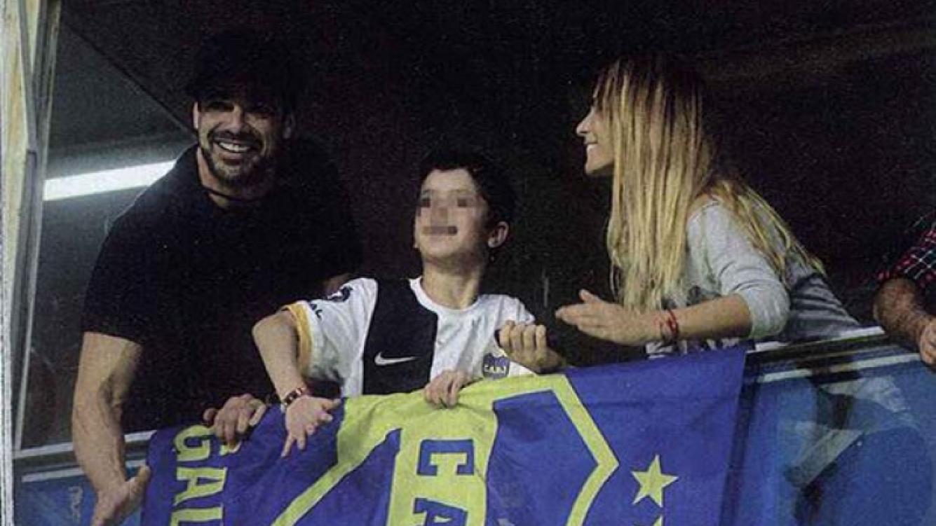 Sabrina Rojas y Luciano Castro, a puro sentimiento en La Bombonera. (Foto: Gente)