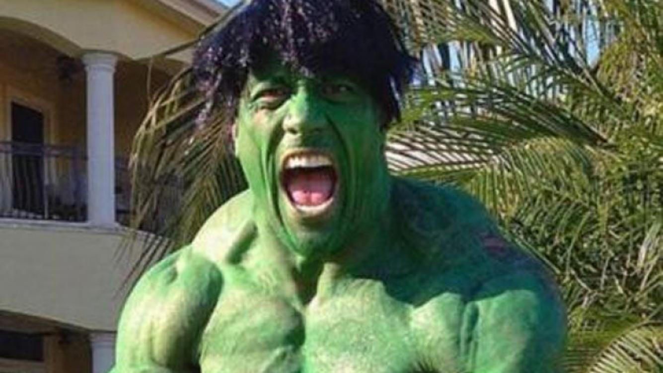 Dwayne Johnson, protagonista de The Rock, sorprendió como el Increíble Hulk (Foto: Twitter).