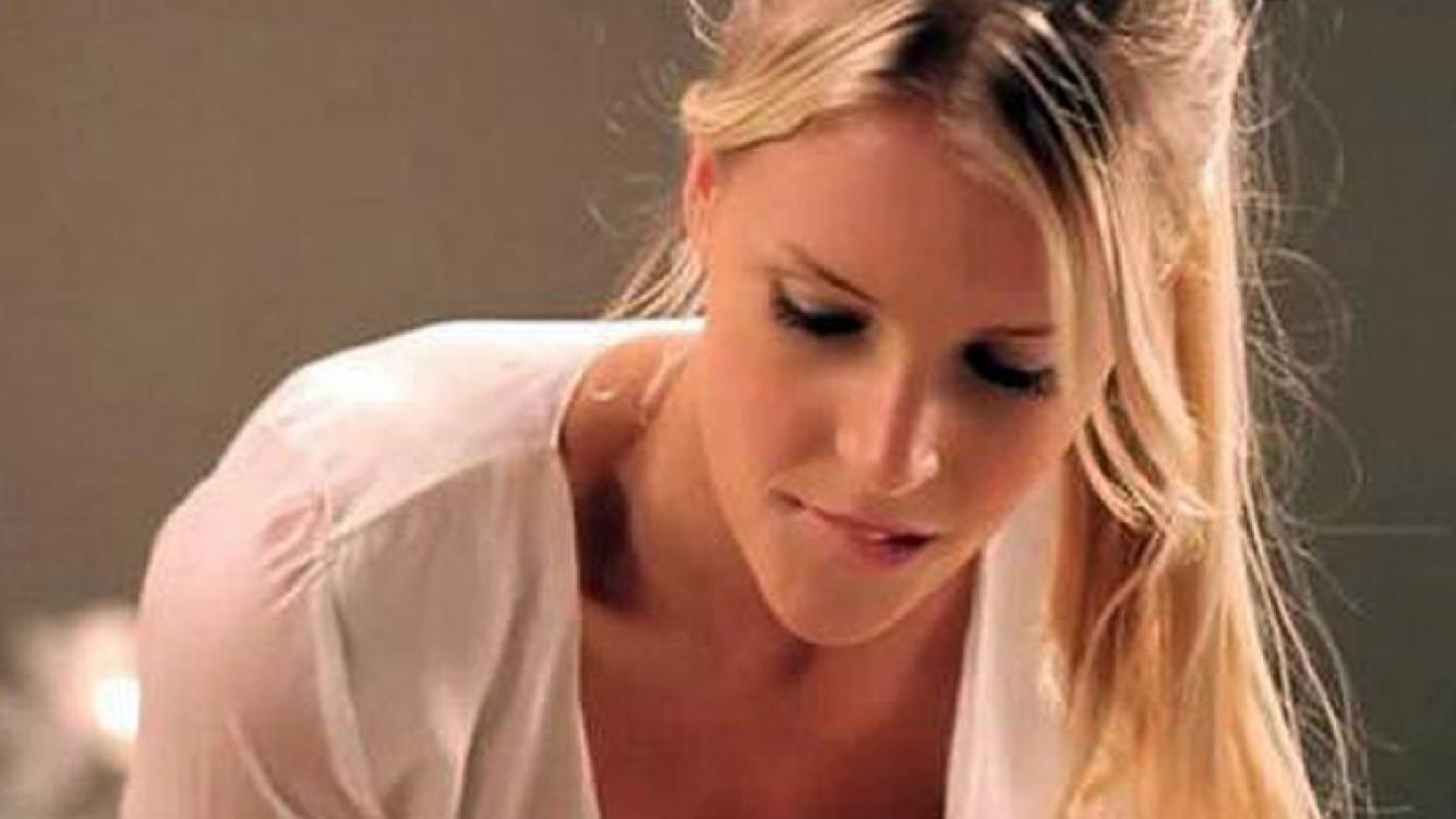 Alexandra Larsson. (Captura: publicidad de AXE)