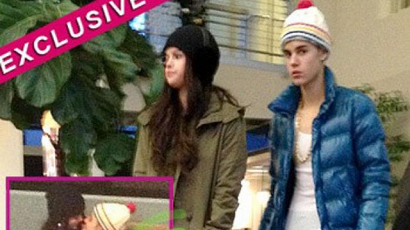Selena Gomez y Justin Bieber, juntitos y mimosos. (Fotos: RadarOnline.com)