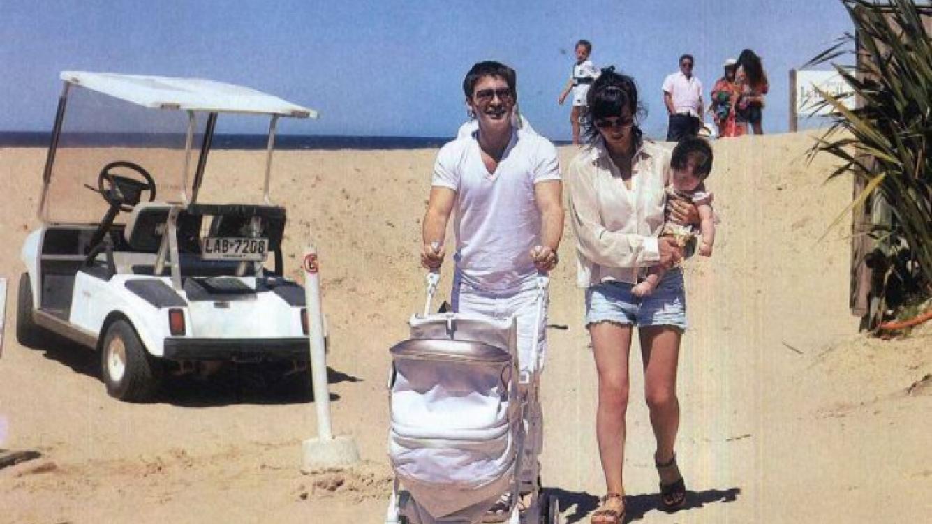 Margarita Suar con sus papás Griselda Siciliani y Adrián Suar. (Fotos: revista Gente)