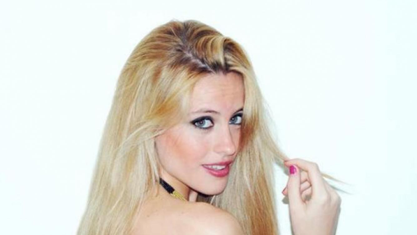Melina Lezcano, la nueva cantante de Agapornis. También es modelo y tiene 23 años. (Foto: Facebook oficial Agapornis)