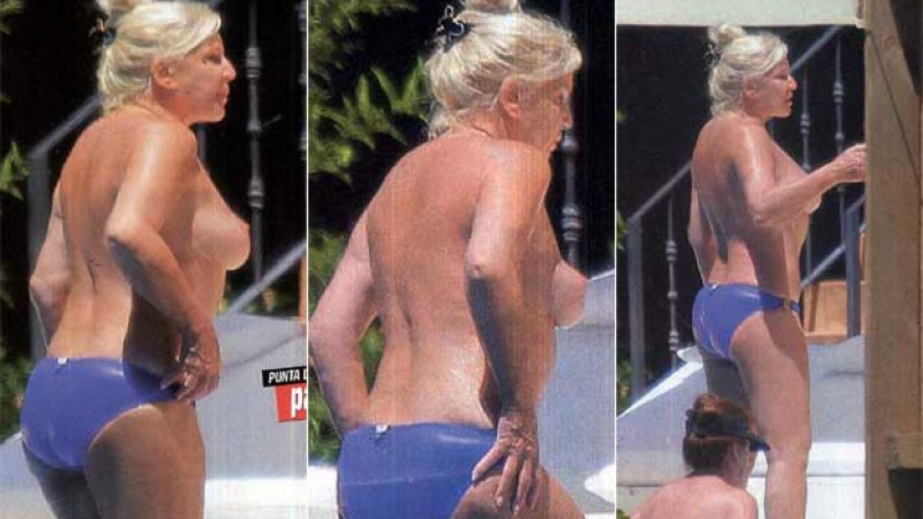 El topless 2013 de Susana Giménez. (Fotos: revista Paparazzi)