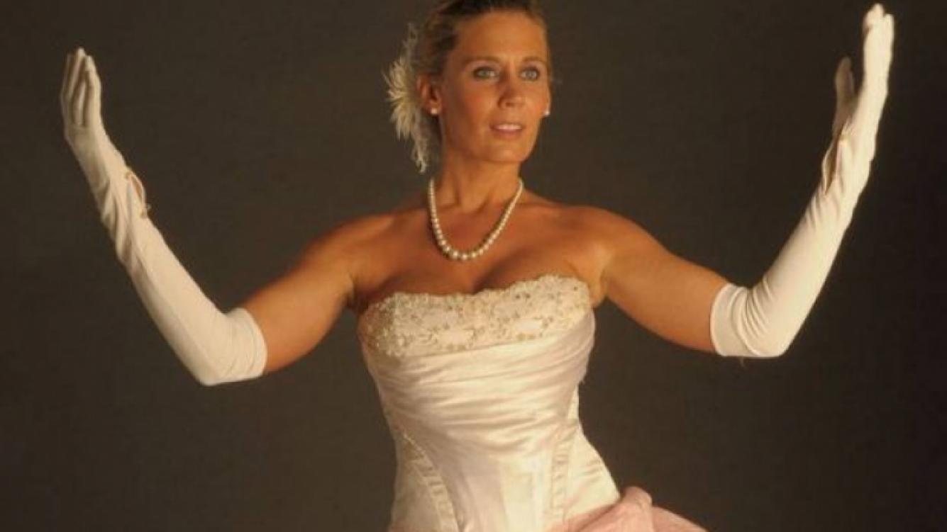 Rocío Marengo, cuando jugó a ser Evita. (Foto: revista Noticias)