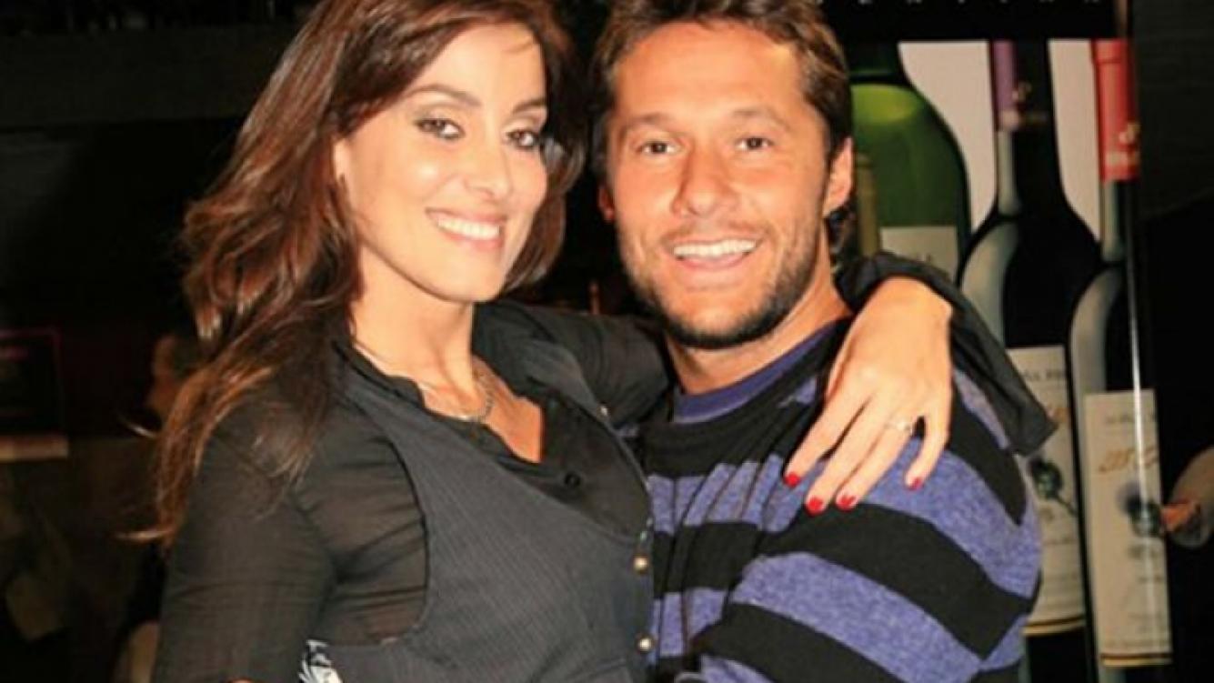 Débora Bello y Diego Torres, felices con el alta de Nina (Foto: Web)