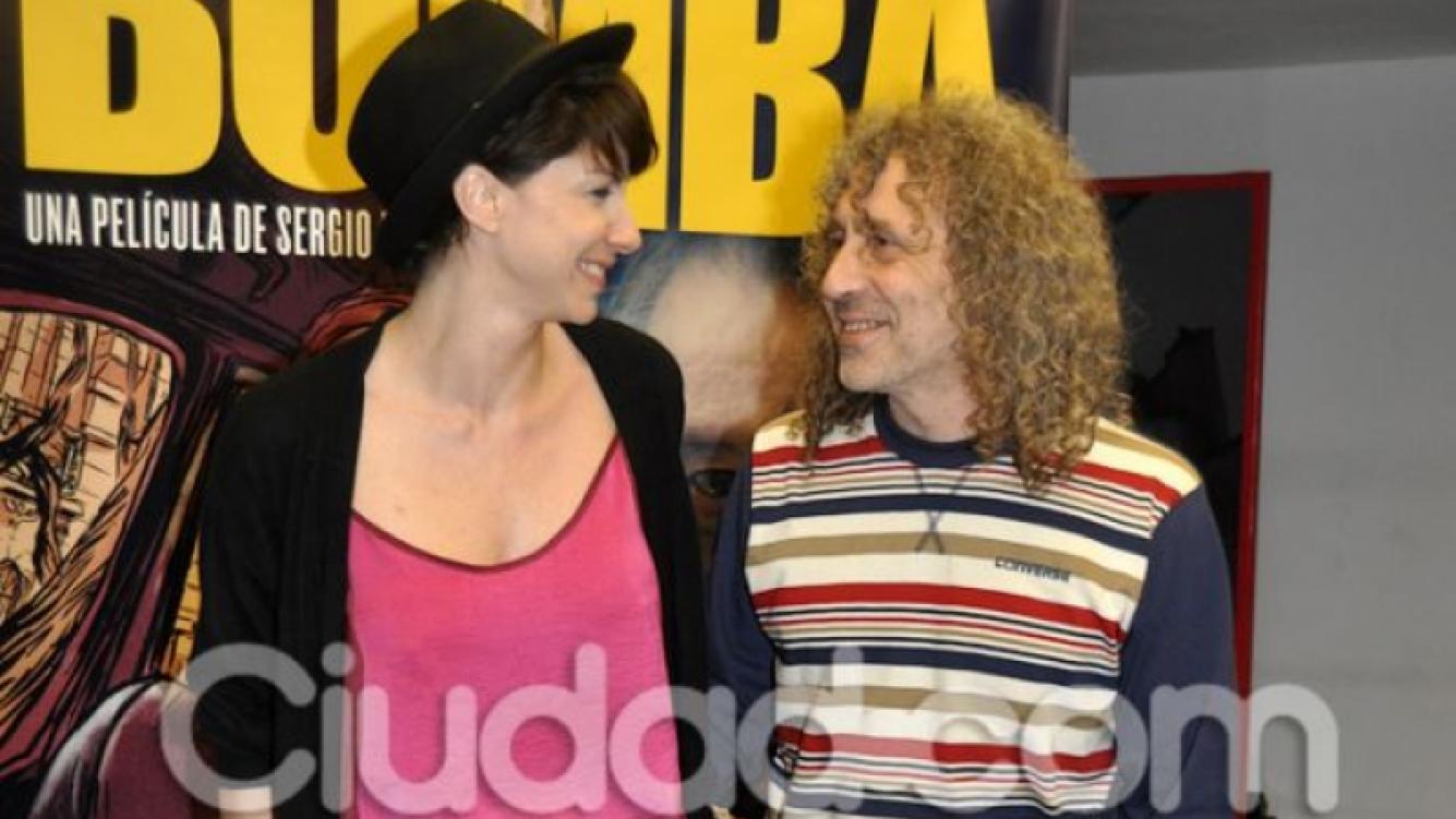 Romina Gaetani y el rockero Oscar Righi (Fotos: Jenny Rubio).
