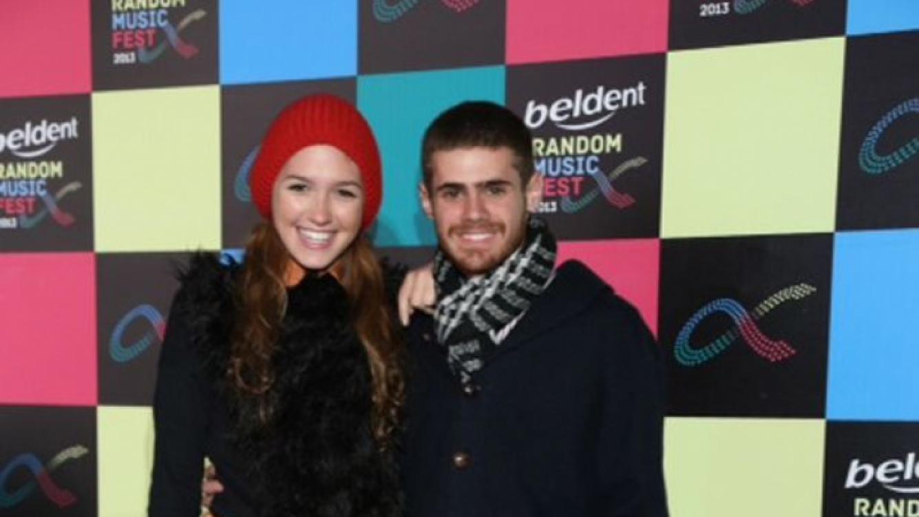 Gastón Soffritti sorprendió llegando sin Barbie al Beldent Random Fest.