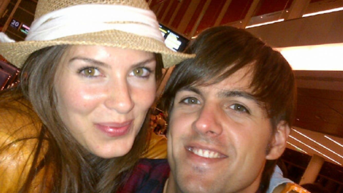 Eugenia Lemos y su novio, antes de partir a El Cairo. (Foto: @Eugenialemosok)