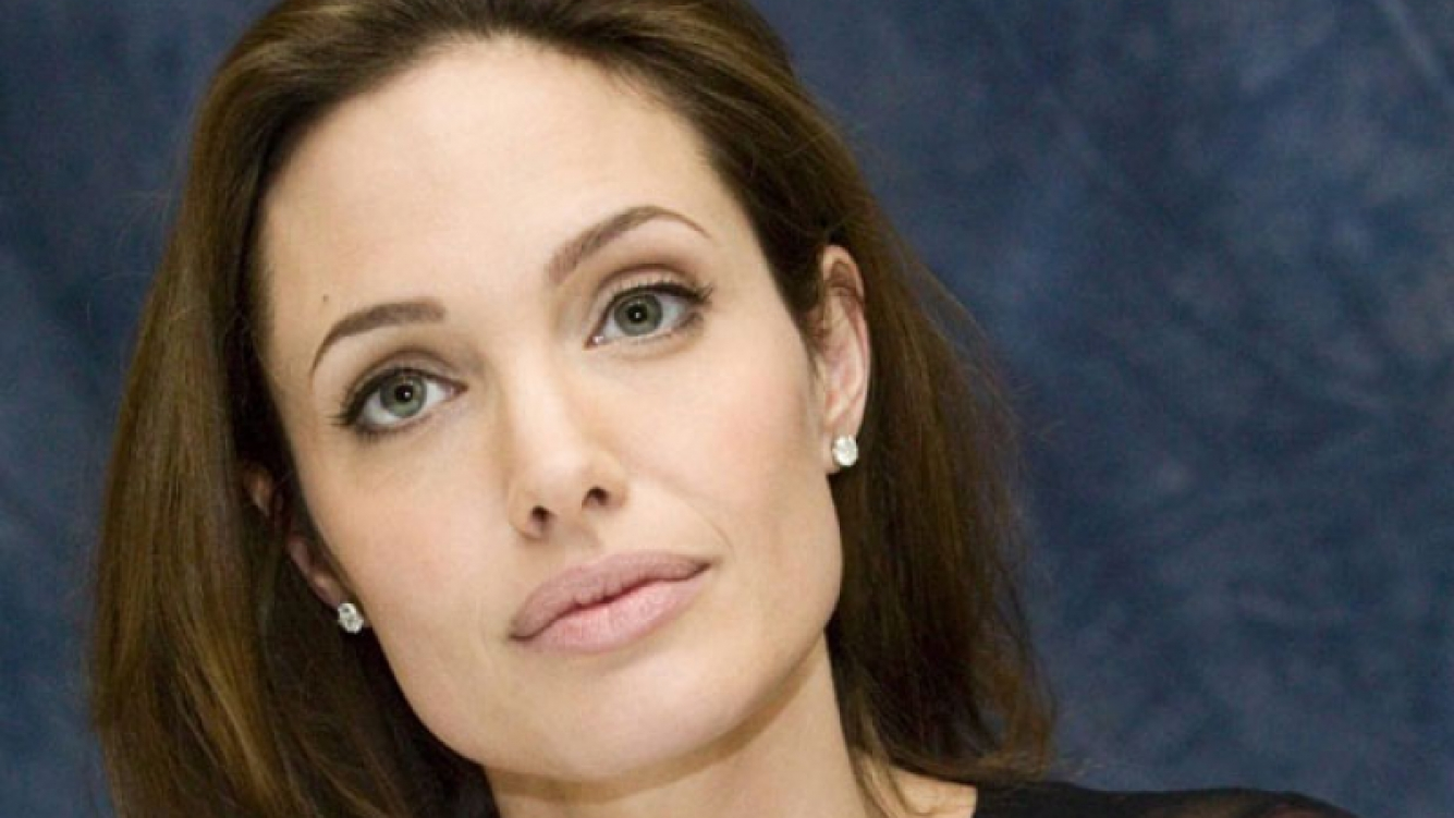 Angelina Jolie se sometió a una doble mastectomía (Foto:Web).