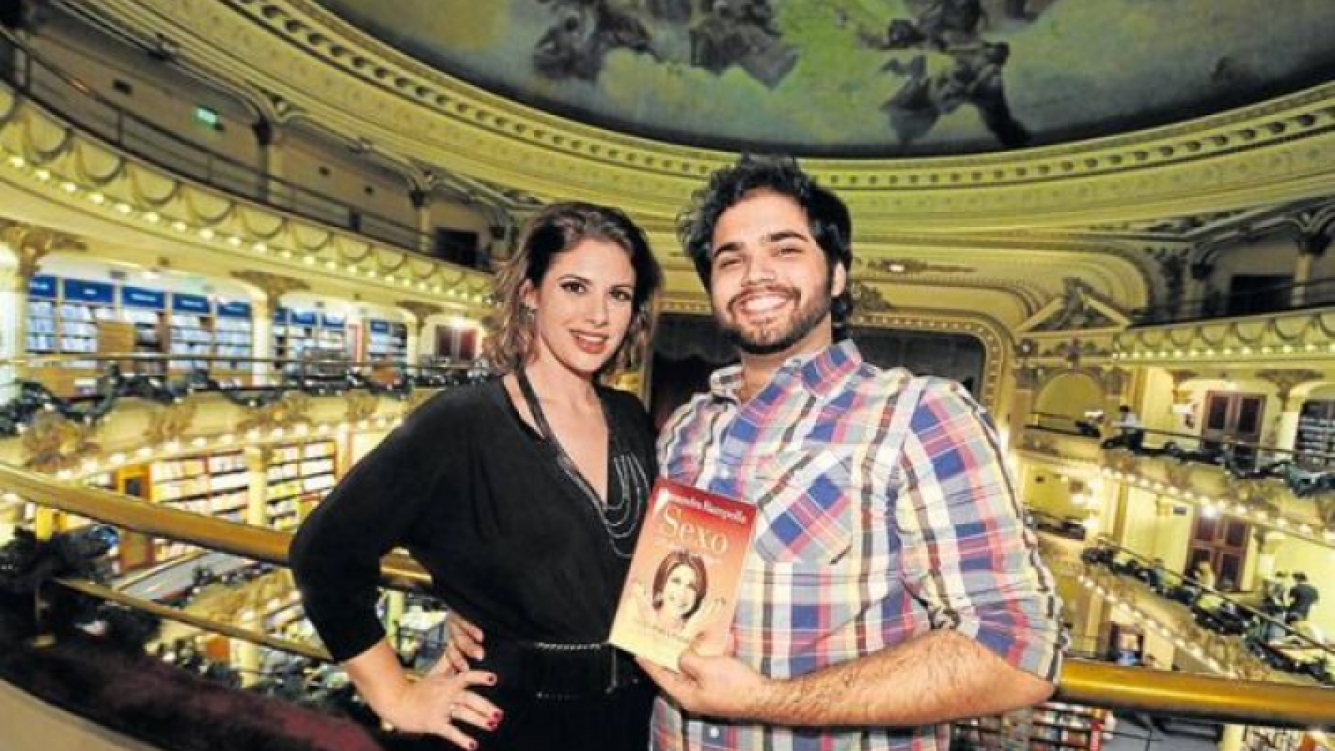 Alessandra Rampolla, y su novio puertorriqueño: Bobby Conelly Nadal, de 27 años. (Foto: archivo Perfil)