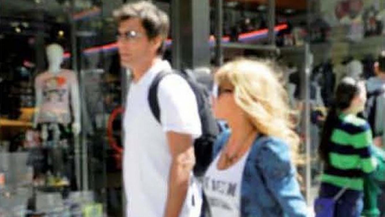 Florencia Peña, en Nueva York junto a su novio. (Foto: Paparazzi)