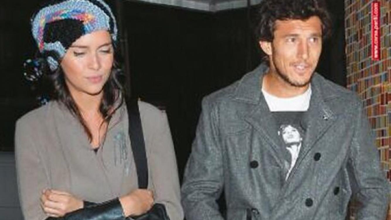 Zaira Nara y Pico Mónaco en la tapa de la revista Caras (Foto: Caras).