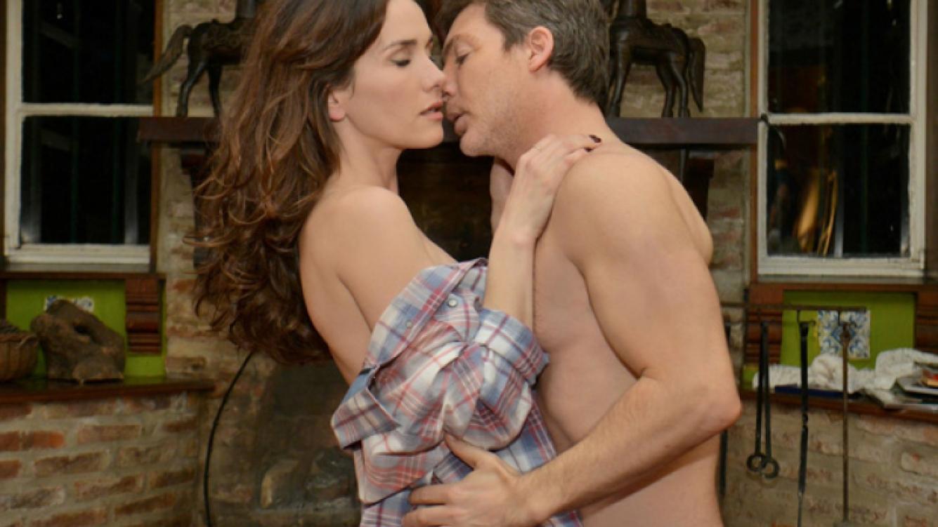 Juan y Aurora hacen el amor. (Foto: Prensa El Trece)