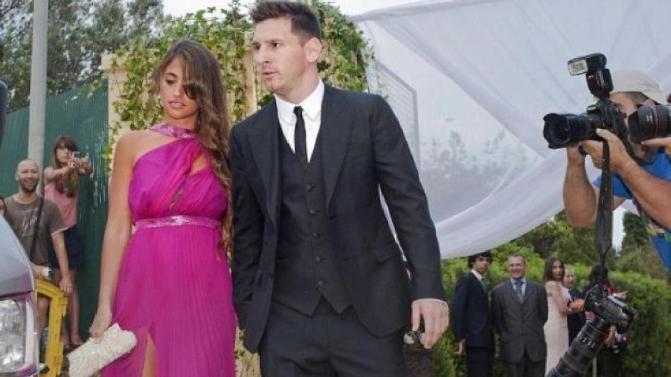 Lionel Messi y Antonella Roccuzzo. (Foto: Mundo Deportivo)