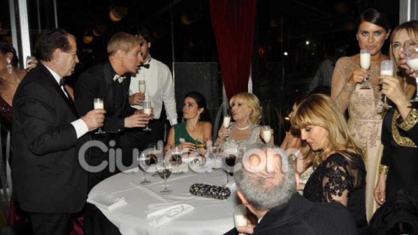 El encuentro de divas post Martín Fierro: la cena de Mirtha Legrand y Florencia de la V. (Foto: Jennifer Rubio para Ciudad.com)
