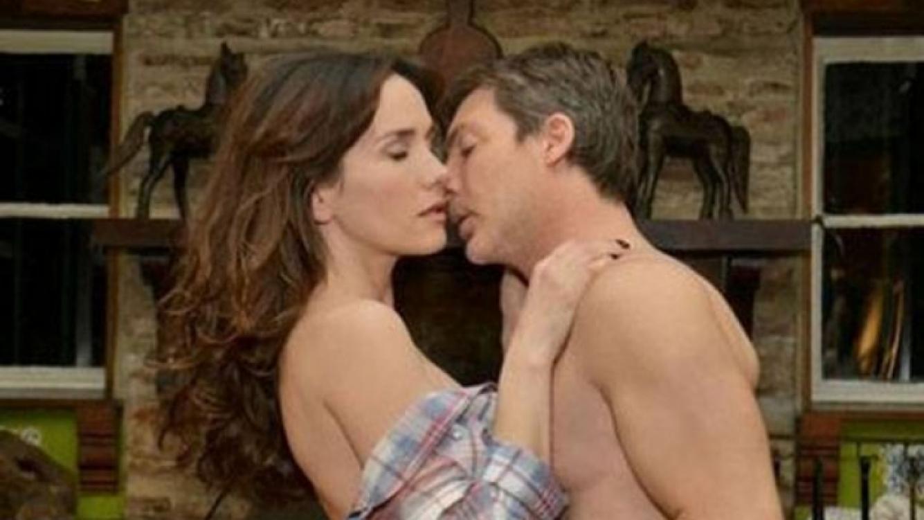 Adrián Suar y Natalia Oreiro, en una de las escenas calientes de Solamente vos. (Foto: prensa El Trece)