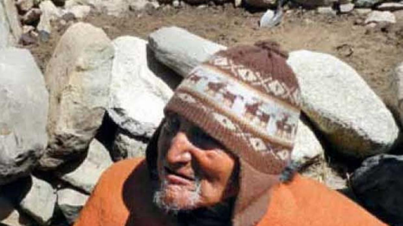 Conocé a Carmelo Flores Laura, el hombre más viejo del mundo. (Foto: revista Gente)
