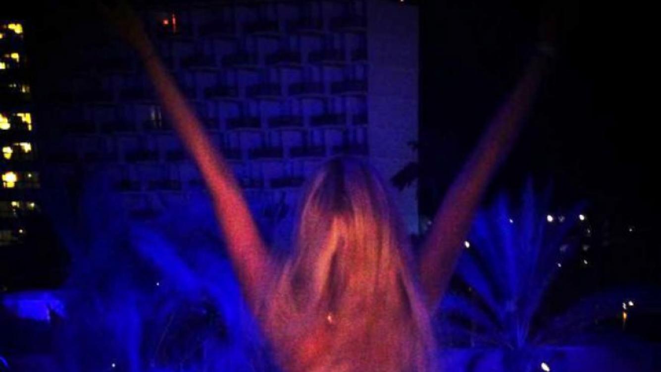 La foto semidesnuda que publicó Charlotte Caniggia en la web (Foto: Twitter).