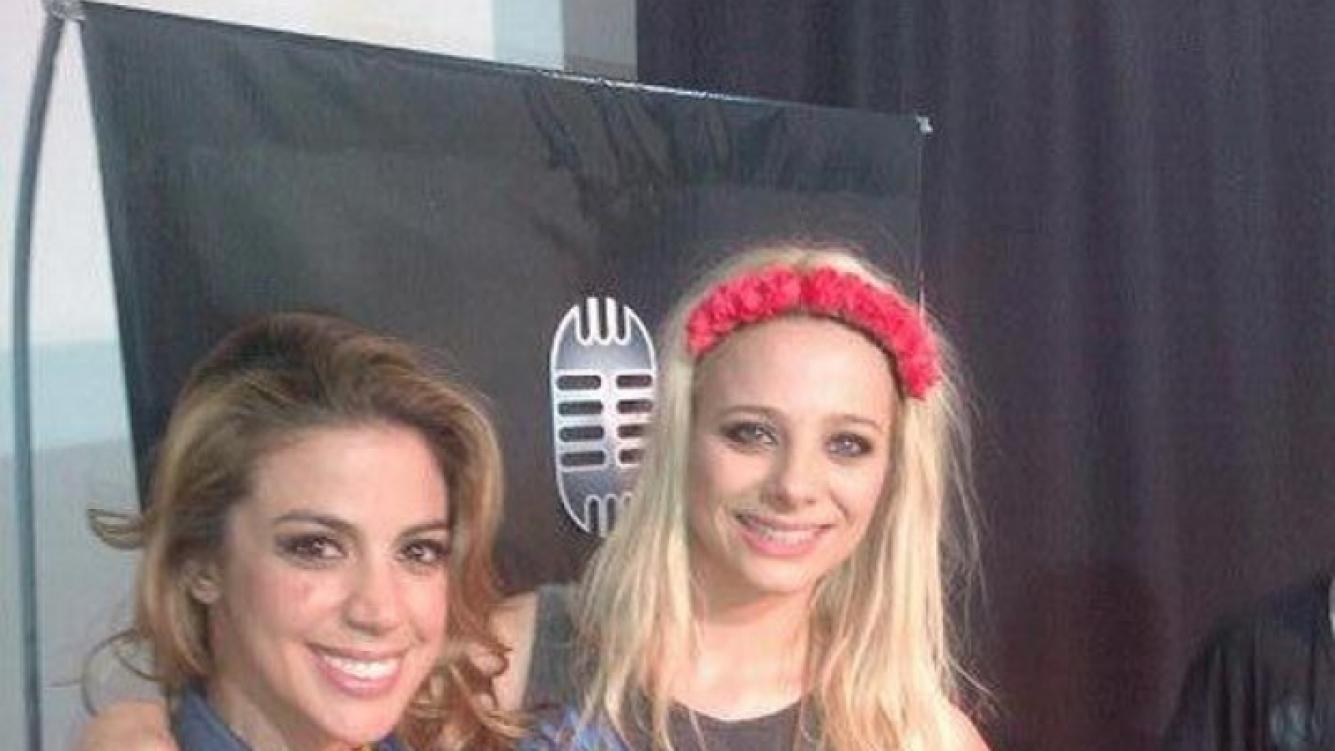Virginia Gallardo y su amiga Jimena Campisi. (Foto: @virchugallardo)