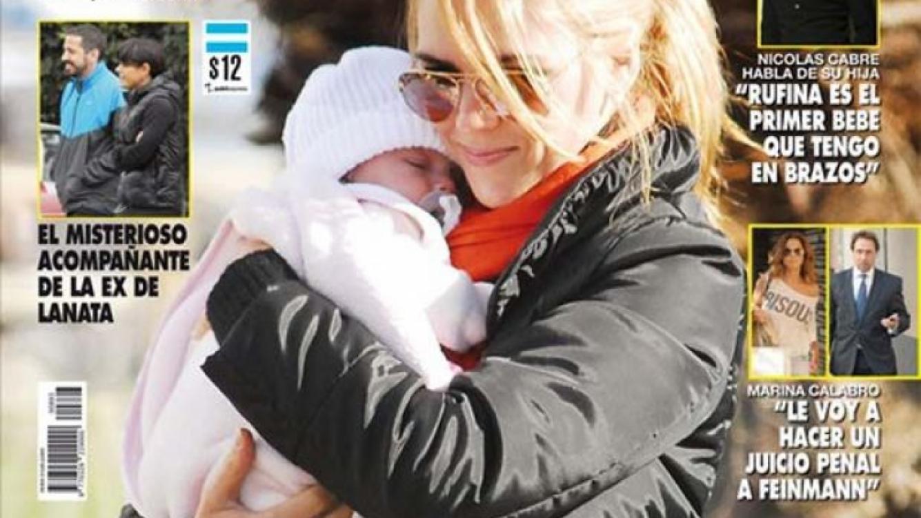 Viviana Canosa con Martina, su primera hija en Punta del Este. (Foto: Revista Pronto)