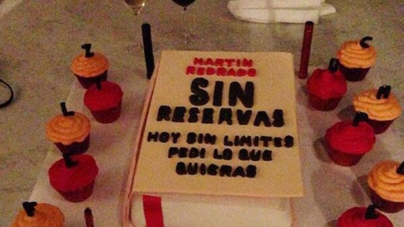 Luciana Salazar y la torta muy
