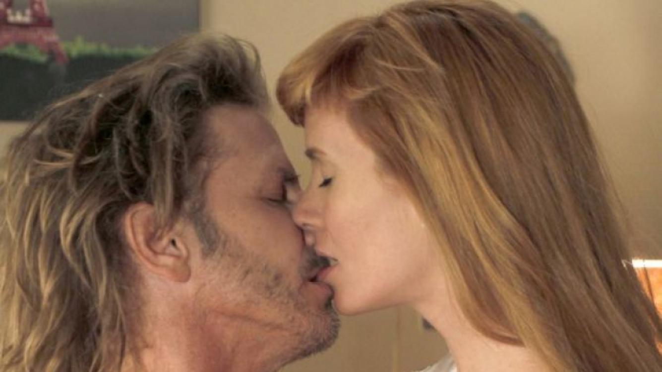 La primera noche de amor de Alberto y Gabriela en Farsantes. (Foto: Prensa El Trece)