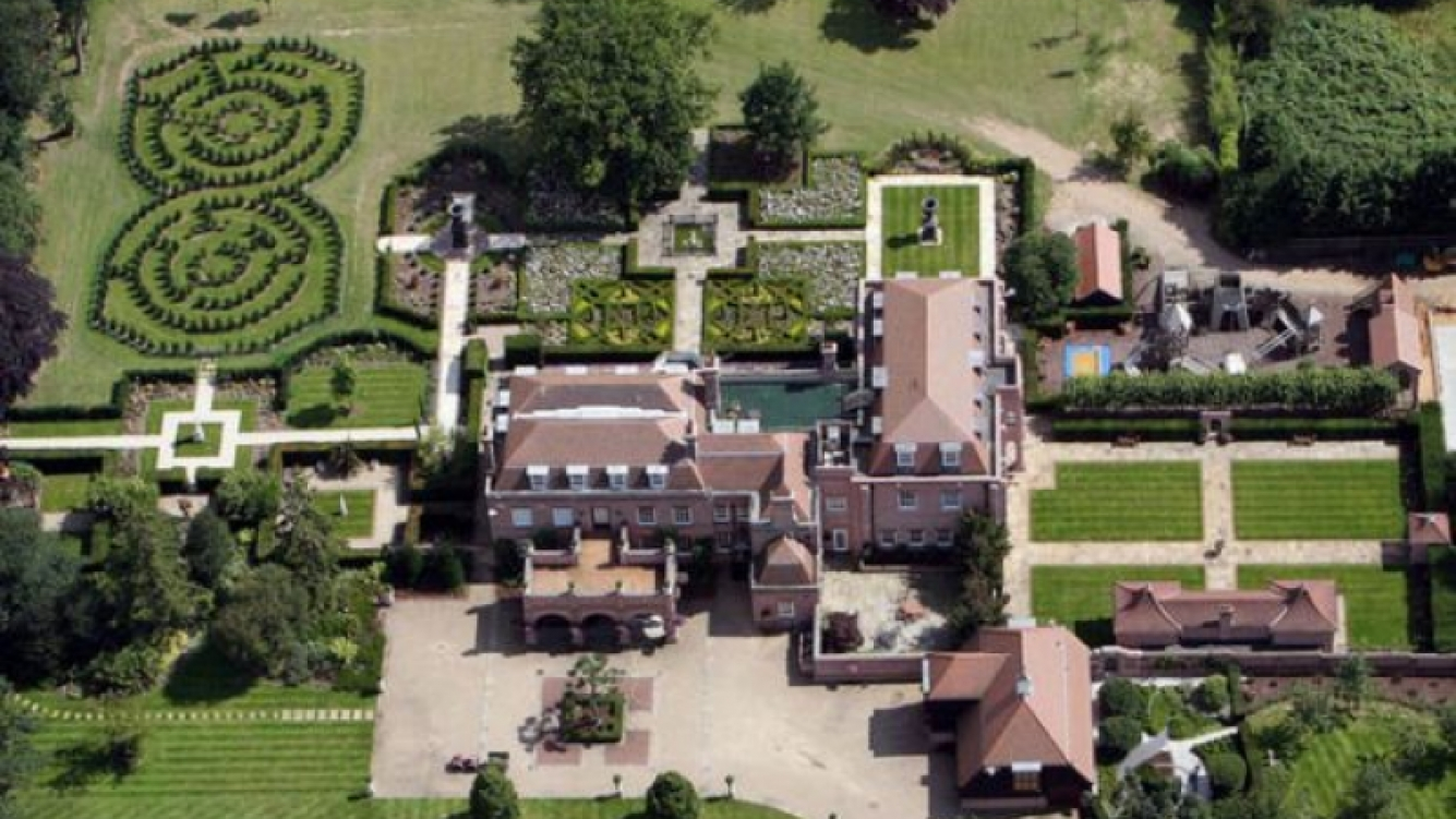 """David y Victoria Beckham malvenden su """"palacio"""" por 14 millones de euros. (Foto: Web)"""