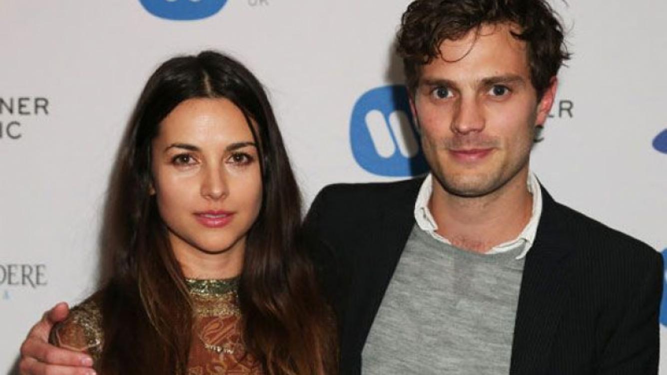 Jamie Dornan y su esposa. (Foto: Web)