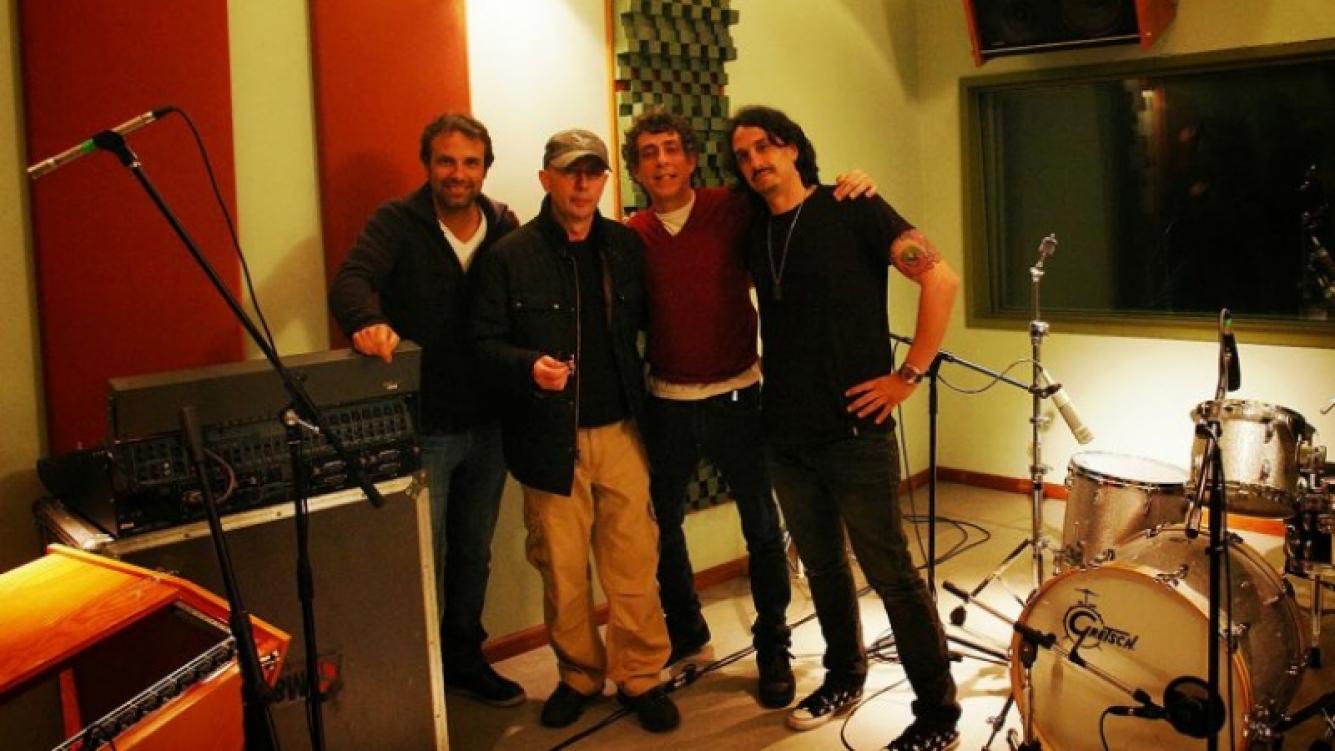 El Indio Solari con sus ex compañeros de Los Redonditos de Ricota. (Foto: Los Redonditos de Abajo)