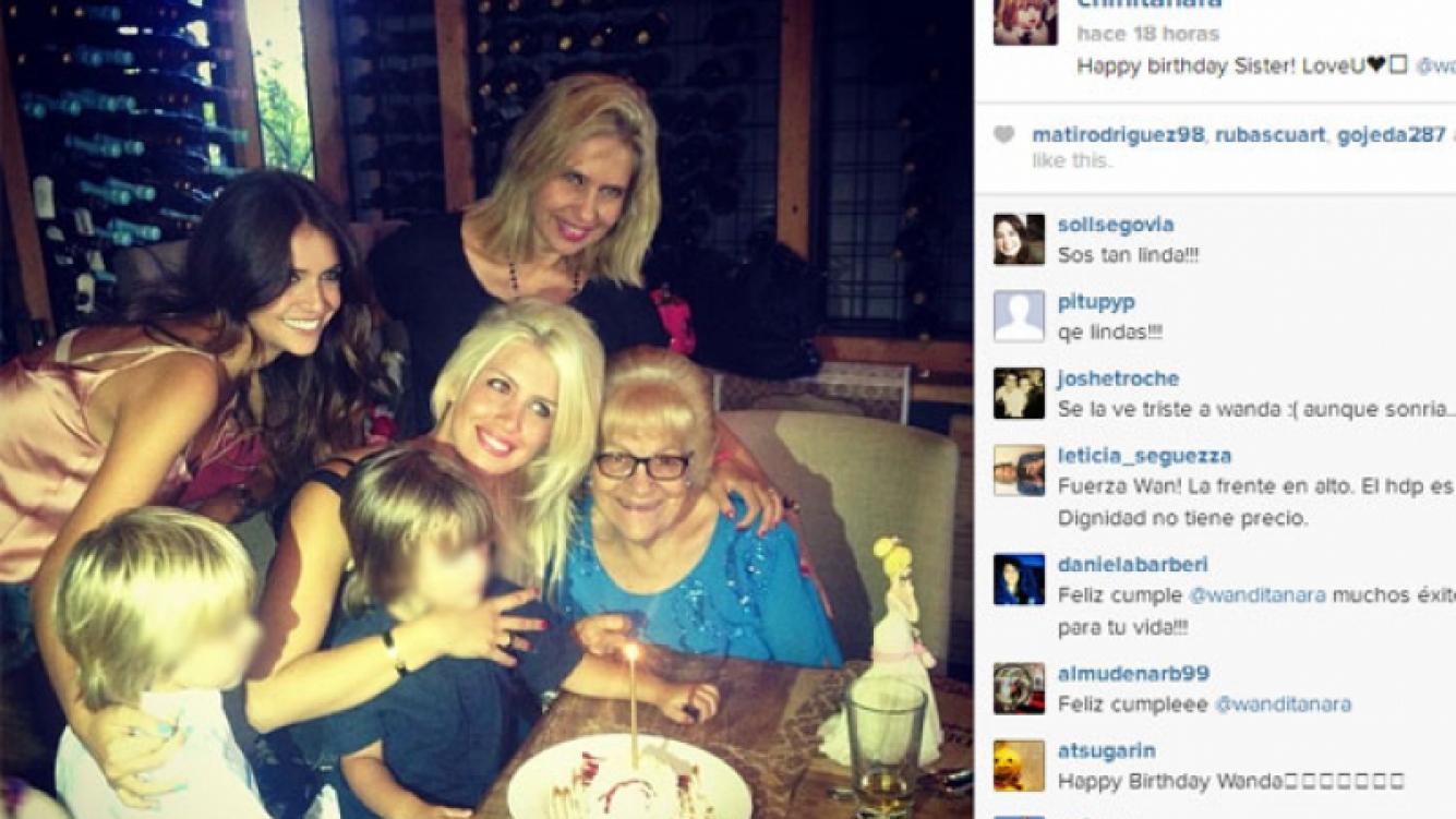 Wanda Nara y su familia festejando el cumpleaños (Foto: Instagram).