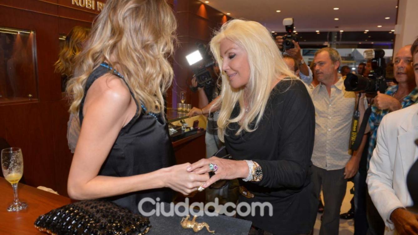 Guillermina Valdés y Susana Giménez a puro glamour en Punta del Este. (Foto: TMPress)