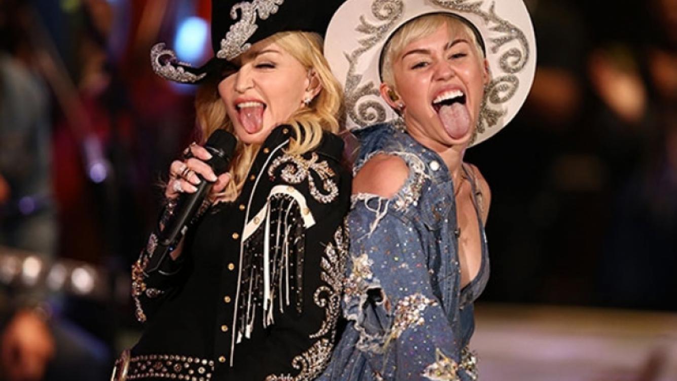 Miley Cyrus y Madonna hicieron un dueto muy picante para el MTV Unplugged. (Foto: Web)
