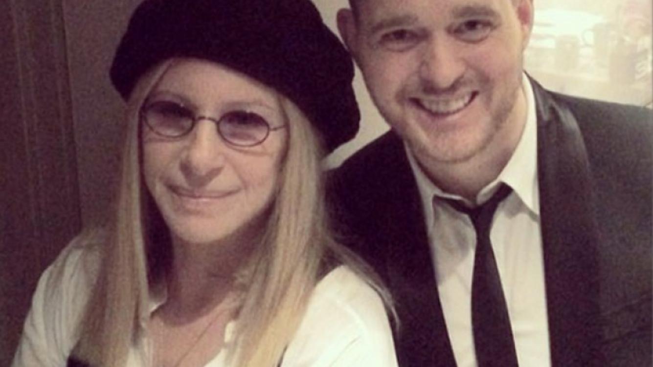 Michael Bublé también es cholulo: se sacó una foto con Barbra Streisand. (Foto: Instagram)