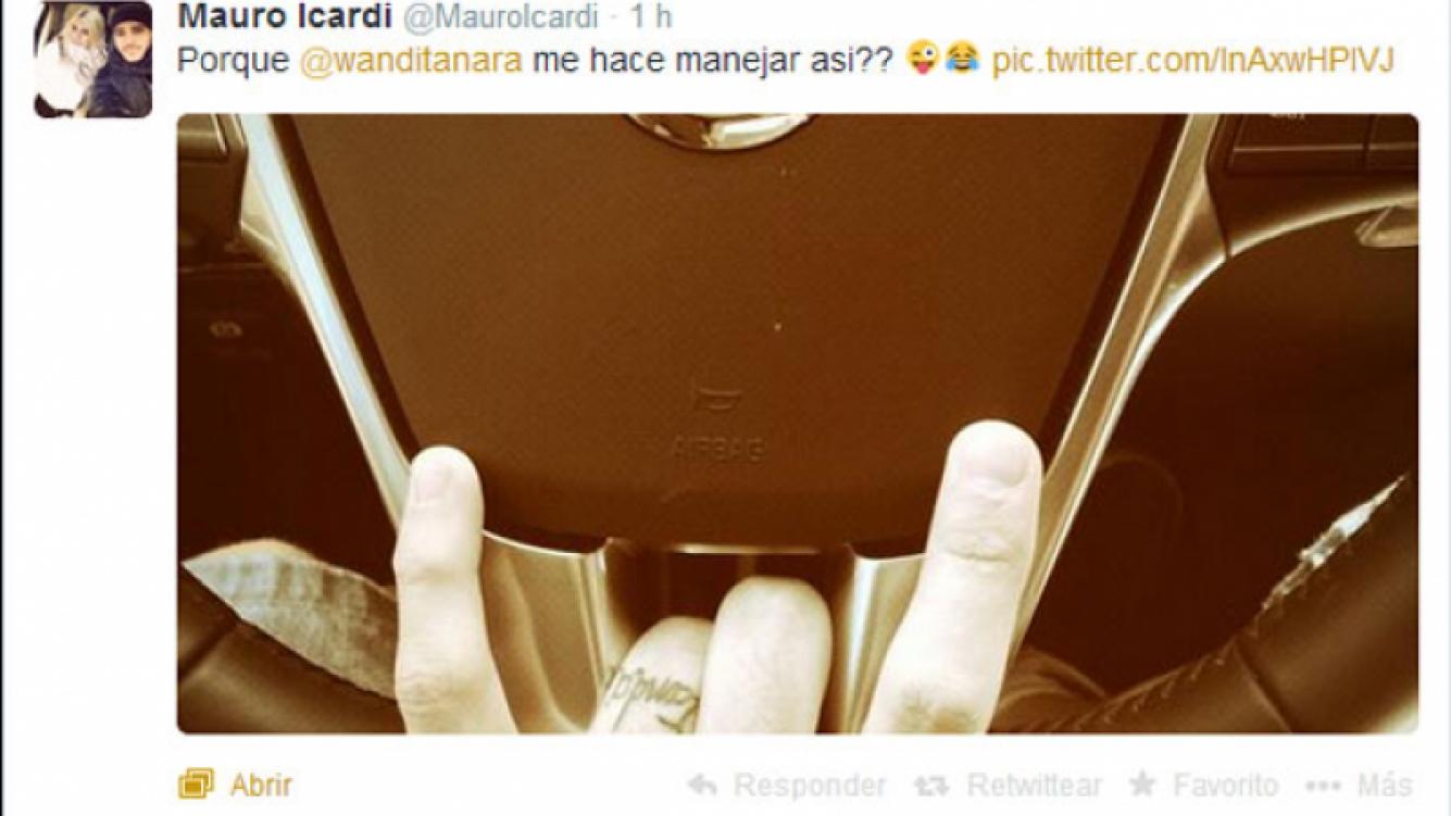 Mauro Icardi y un gesto polémico tras el partido frente a Maxi López (Fotos: Twitter y Web).