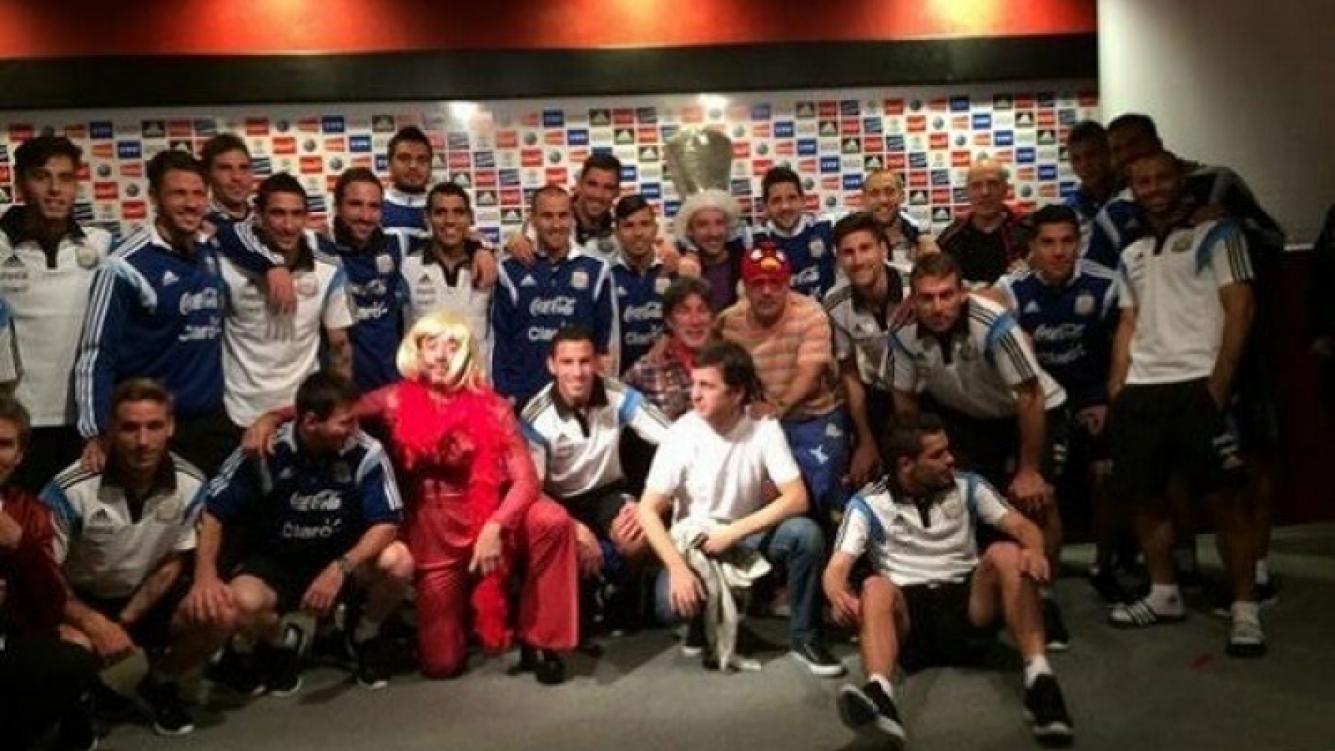 Pachu Peña y Pablo Granados, en la visita a la Selección Argentina. (Foto: Twitter)