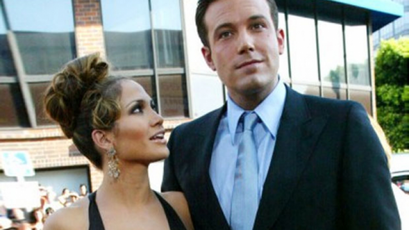A Ben Affleck le preguntaron si la cola de Jennifer Lopez tenía celulitis o estaba bueno. (Foto: Web)