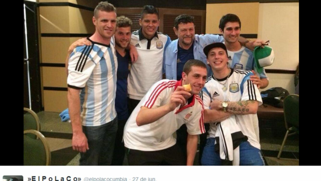 El Polaco junto a Marcos Rojo en el vestuario de la Selección. (Foto: Twitter)