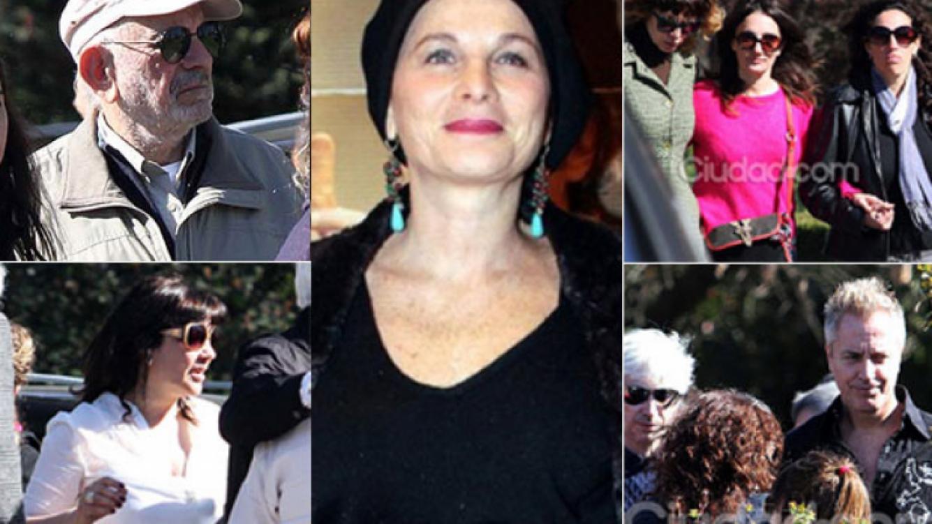 Las imágenes del último adiós a Mariana Briski (Fotos: Jennifer Rubio y archivo Web)