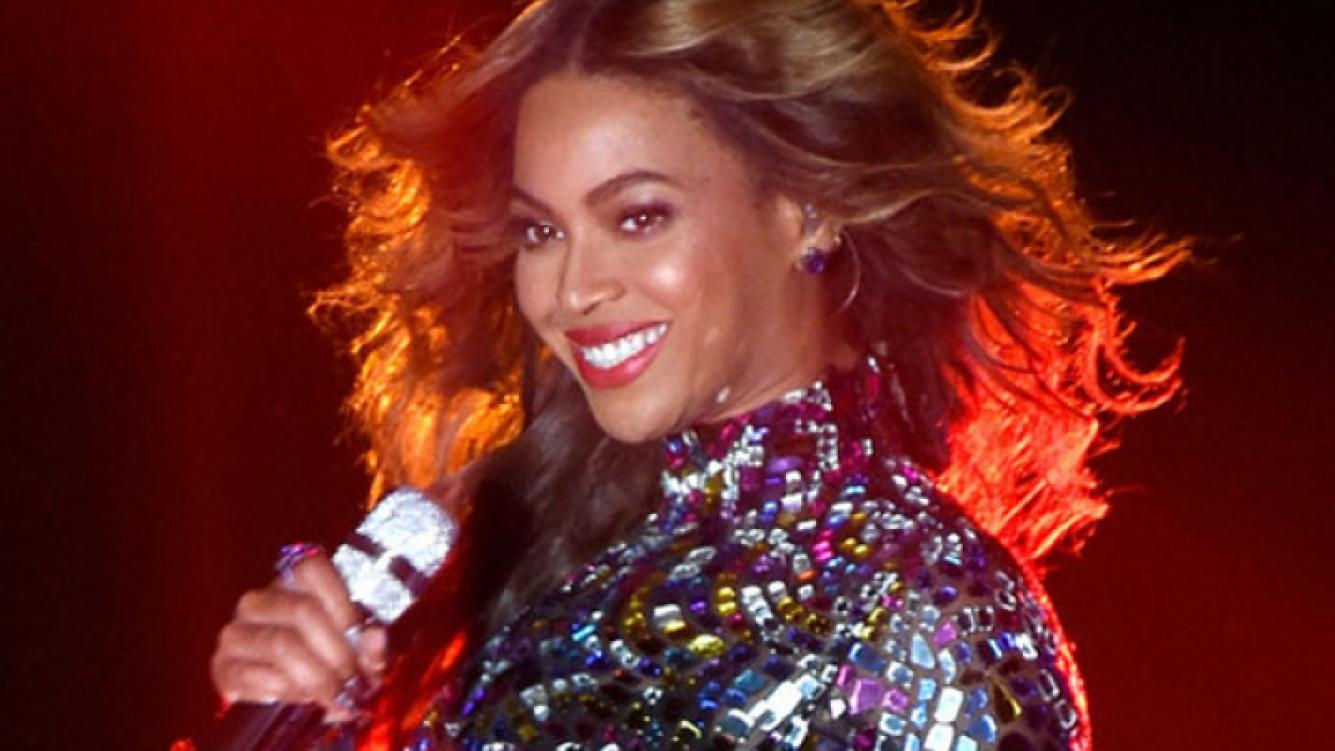 Beyoncé hizo playback en un show en París y un fan la escrachó Instagram. (Foto: Web)