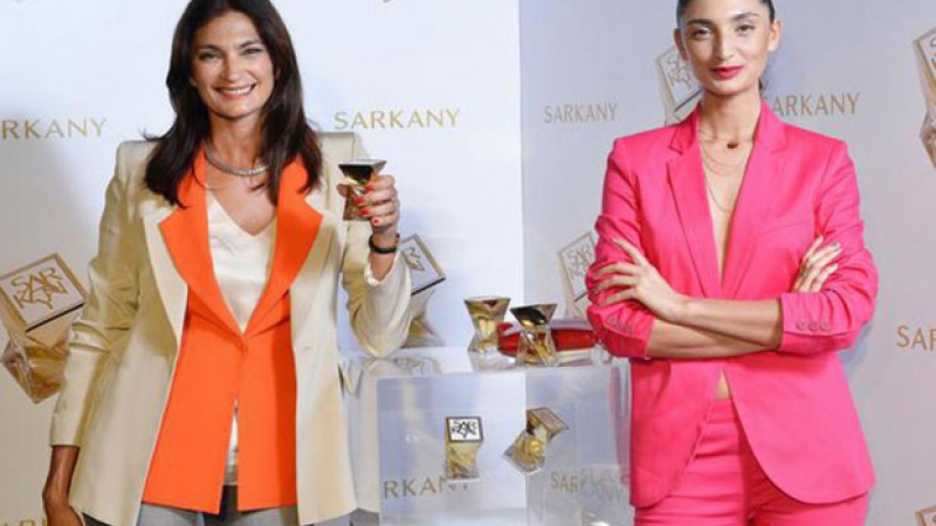 Mariana Airas y su hija Paloma, muy elegantes (Fotos: @rickysarkany).