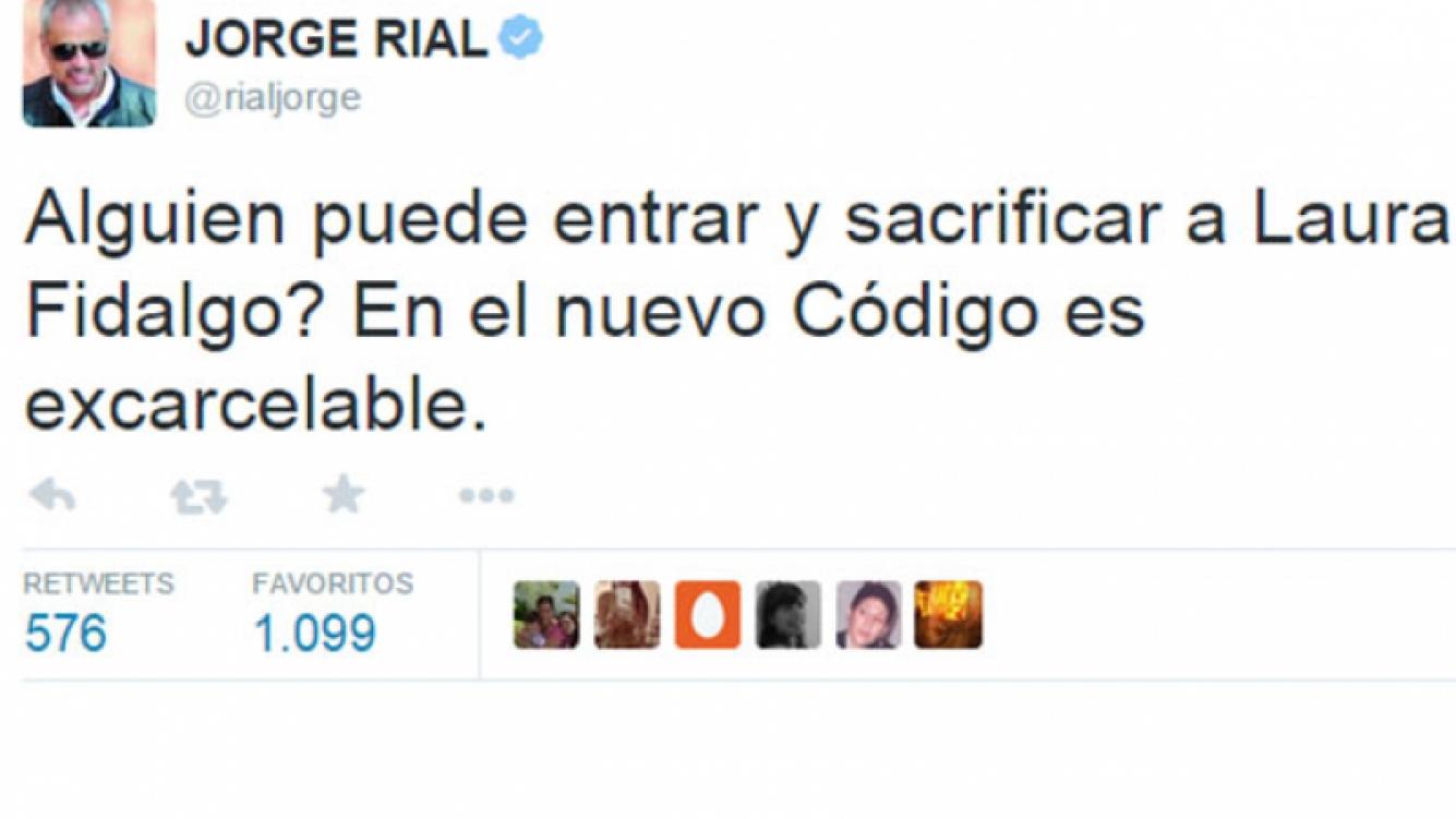 Jorge Rial picante con Laura Fidalgo por su monólogo en ShowMatch (Foto: Twitter)