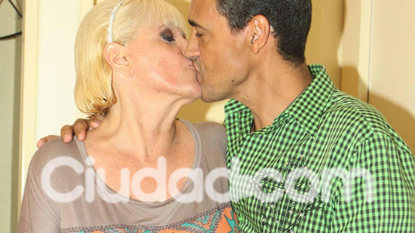 Valeria y Cau Bornes, súper enamorados (Fotos: Movilpress).
